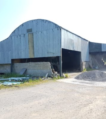 Farm shed painters