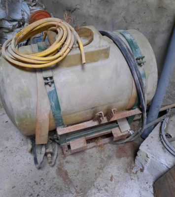sprayer tank