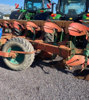 Kverneland PS100 6 Furrow Reversible Plough